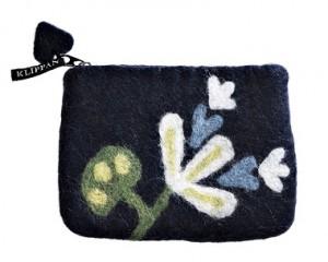 Trousse en laine
